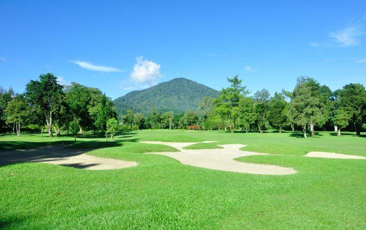 Golf-Hole-6-II-m5rsgk3leusv7c0ypsyxe14ct2m09mtq60jp7o2xyw